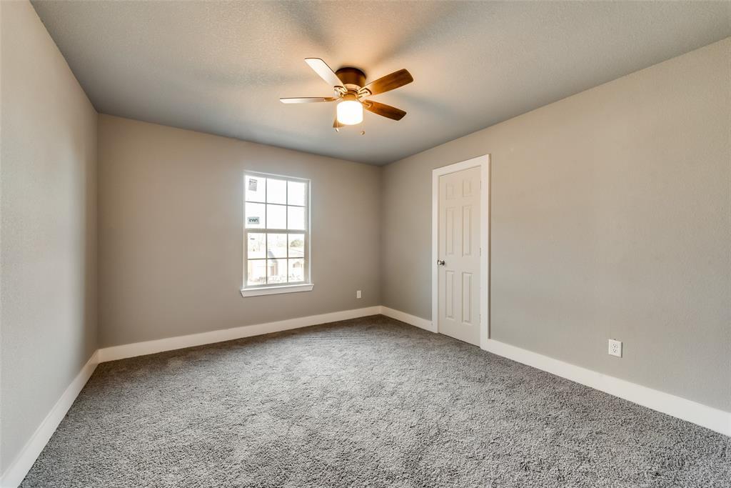 1619 Laura Road, River Oaks, Texas 76114 - acquisto real estate best new home sales realtor linda miller executor real estate