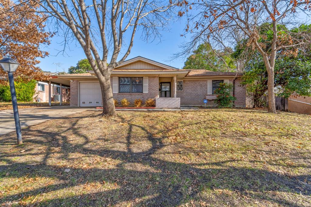 3571 Bandera Road, Fort Worth, Texas 76116 - Acquisto Real Estate best plano realtor mike Shepherd home owners association expert