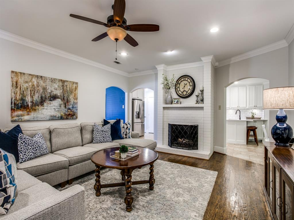 6921 Sedgwick Drive, Dallas, Texas 75231 - acquisto real estate best flower mound realtor jody daley lake highalands agent of the year