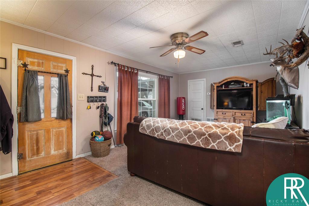 2210 Berkley Street, Brownwood, Texas 76801 - acquisto real estate best luxury buyers agent in texas shana acquisto inheritance realtor