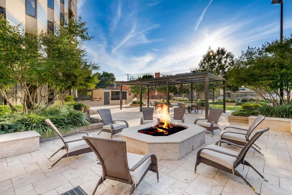 3030 McKinney Avenue, Dallas, Texas 75204 - acquisto real estate best realtor dallas texas linda miller agent for cultural buyers