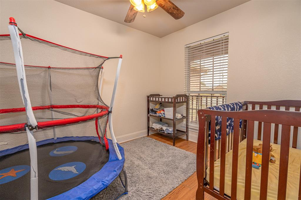 1000 Jenny Drive, Keene, Texas 76031 - acquisto real estate best real estate company to work for