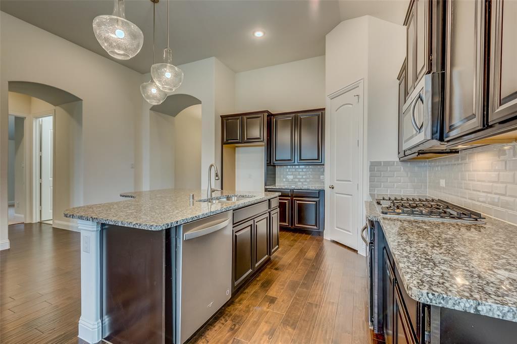 11359 Misty Ridge Drive, Flower Mound, Texas 76262 - acquisto real estate best highland park realtor amy gasperini fast real estate service
