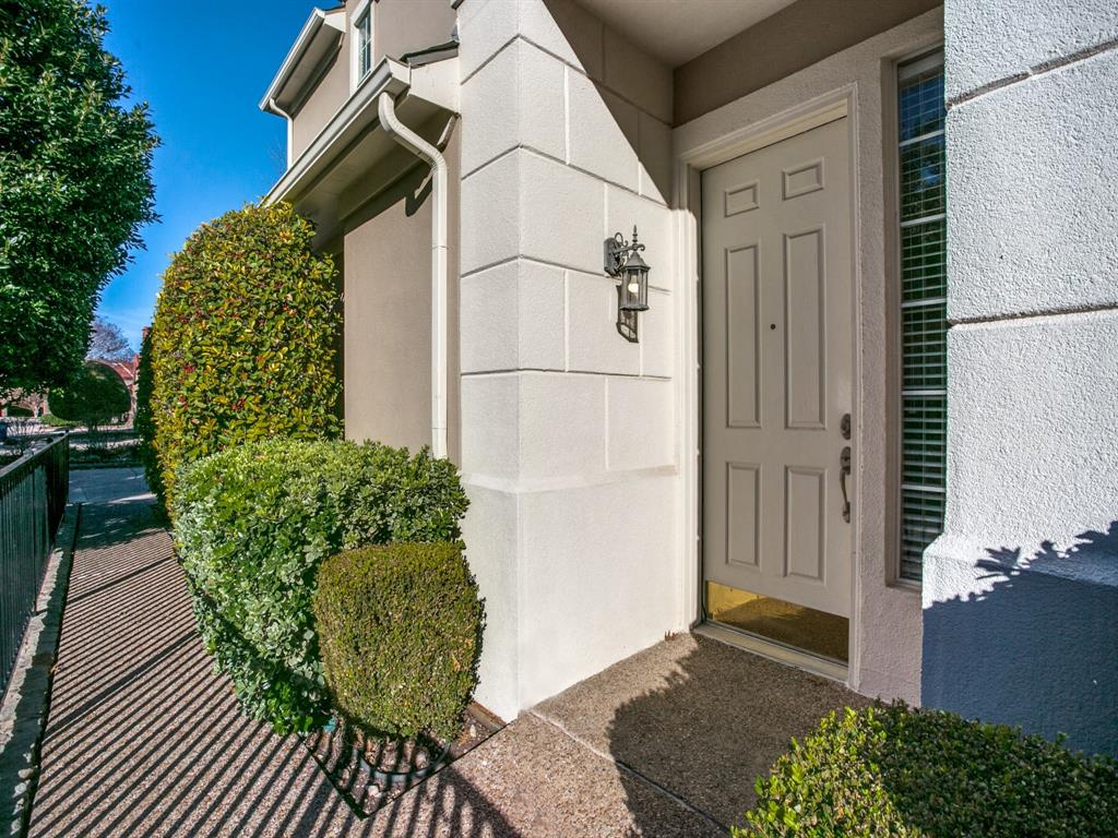 4102 Oberlin Way, Addison, Texas 75001 - acquisto real estate best realtor foreclosure real estate mike shepeherd walnut grove realtor