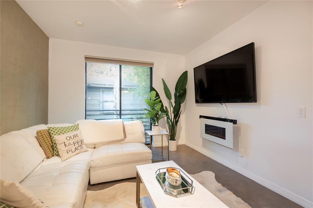 4111 Gilbert Avenue, Dallas, Texas 75219 - acquisto real estate best celina realtor logan lawrence best dressed realtor