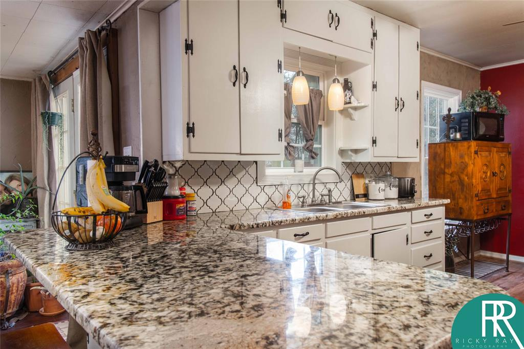 2210 Berkley Street, Brownwood, Texas 76801 - acquisto real estate best real estate company in frisco texas real estate showings