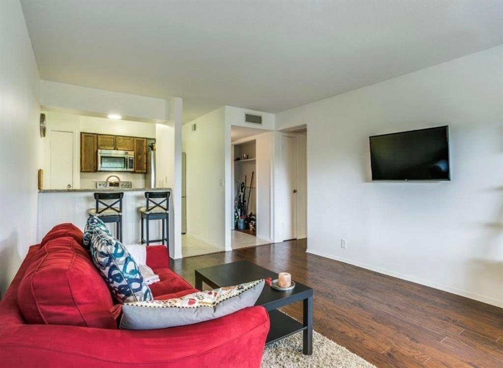 4859 Cedar Springs Road, Dallas, Texas 75219 - acquisto real estate best prosper realtor susan cancemi windfarms realtor
