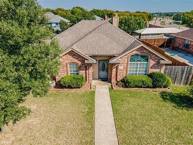1524 Doris Drive, Mesquite, Texas 75149 - Acquisto Real Estate best plano realtor mike Shepherd home owners association expert