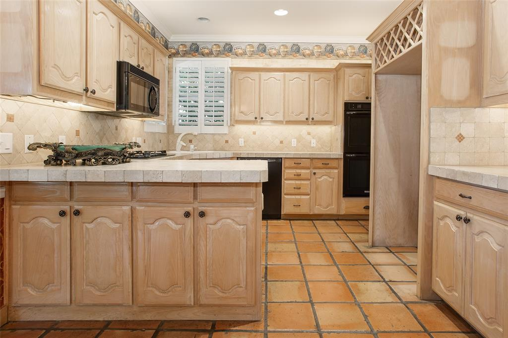 11724 Ferndale  Lane, Fort Worth, Texas 76008 - acquisto real estate best photos for luxury listings amy gasperini quick sale real estate