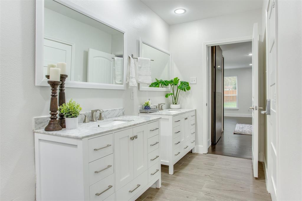 1507 Fielder Road, Arlington, Texas 76012 - acquisto real estate best designer and realtor hannah ewing kind realtor