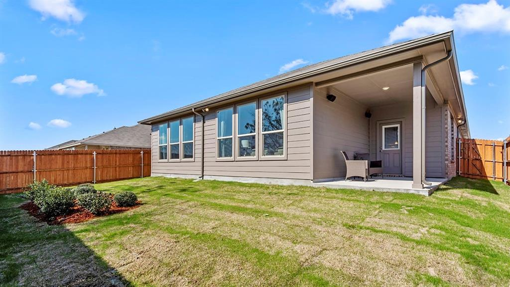 1232 KERRVILLE  Lane, Weatherford, Texas 76087 - acquisto real estate best realtor dallas texas linda miller agent for cultural buyers