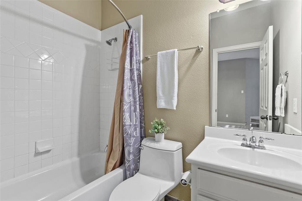 8450 Linden Street, Lantana, Texas 76226 - acquisto real estate best realtor dfw jody daley liberty high school realtor