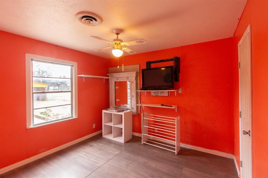 3404 Baylor Street, Fort Worth, Texas 76119 - acquisto real estate best new home sales realtor linda miller executor real estate