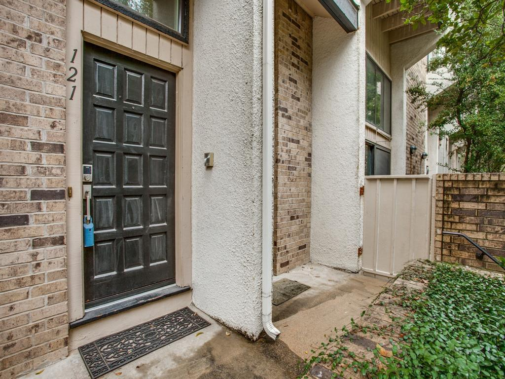 3515 Brown Street, Dallas, Texas 75219 - acquisto real estate best realtor dallas texas linda miller agent for cultural buyers