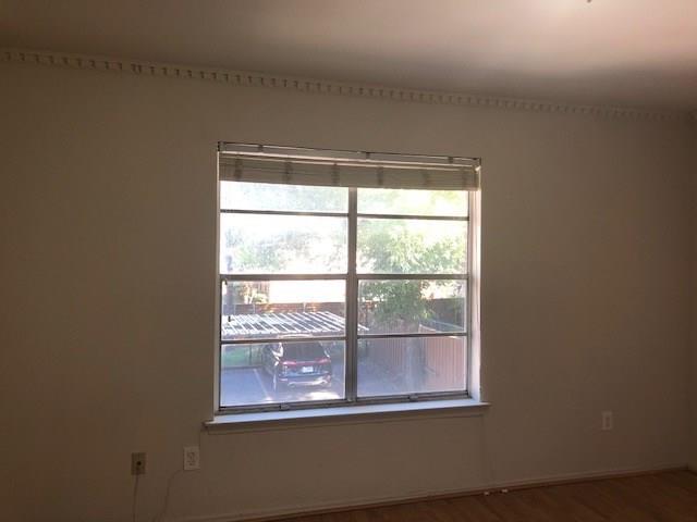 4217 Avondale Avenue, Dallas, Texas 75219 - acquisto real estate best highland park realtor amy gasperini fast real estate service