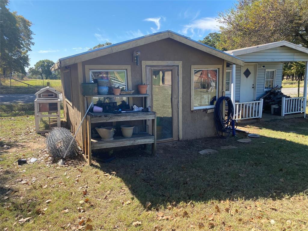 461 Oak Valley Lane, Springtown, Texas 76082 - acquisto real estate best realtor foreclosure real estate mike shepeherd walnut grove realtor