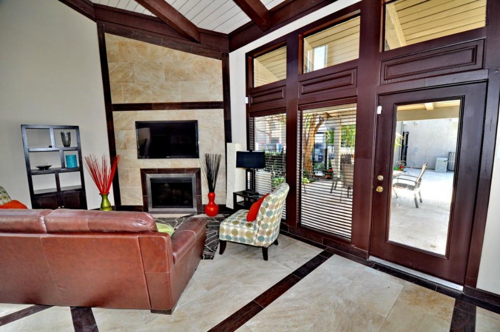 6910 Skillman Street, Dallas, Texas 75231 - acquisto real estate best real estate company to work for