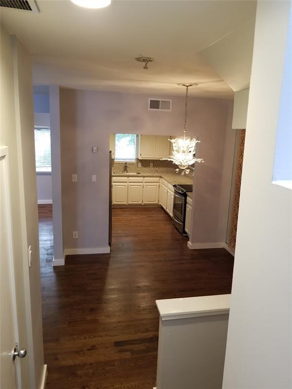 3906 Buena Vista Street, Dallas, Texas 75204 - acquisto real estate mvp award real estate logan lawrence