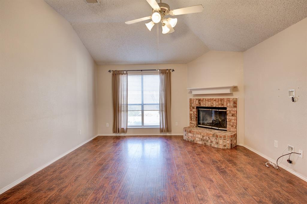 205 King Arthur Drive, Weatherford, Texas 76086 - acquisto real estate best listing agent in the nation shana acquisto estate realtor