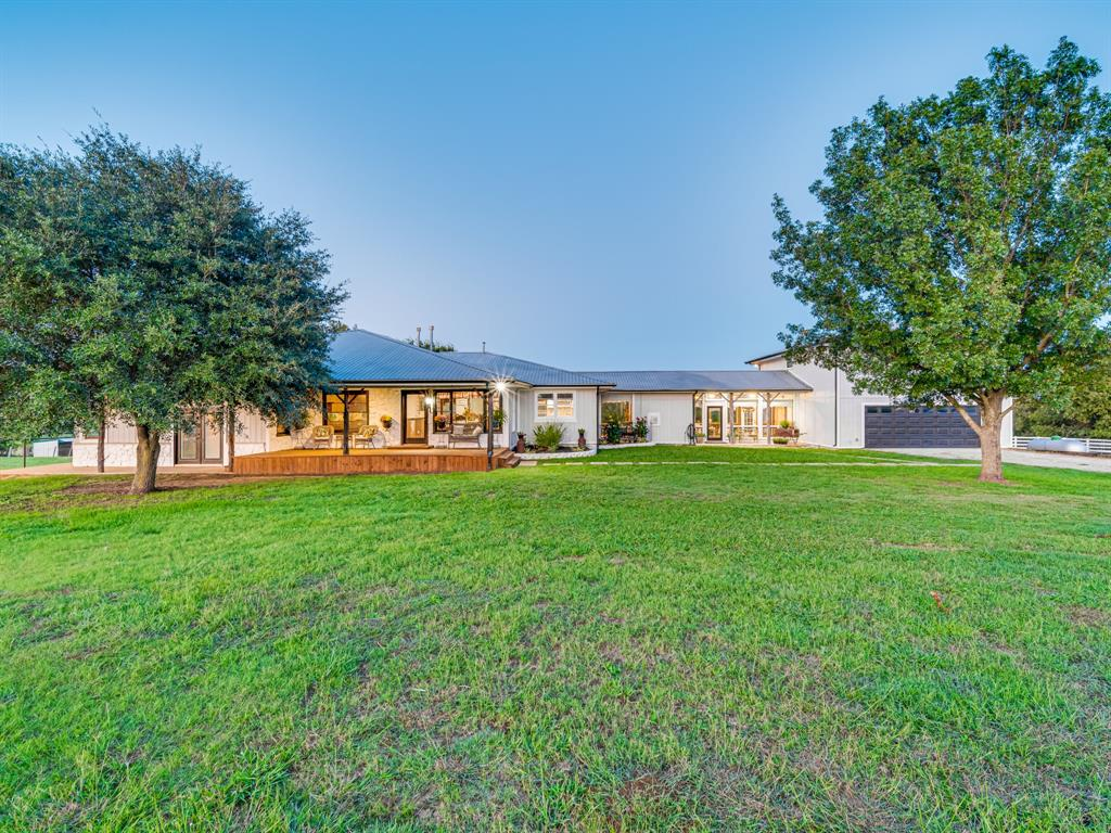 634 Lo Water Road, Grandview, Texas 76050 - Acquisto Real Estate best frisco realtor Amy Gasperini 1031 exchange expert