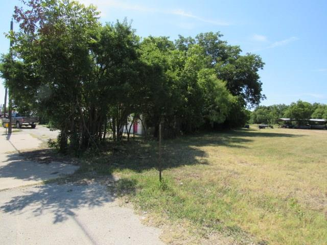 709 Commerce Street, Brownwood, Texas 76801 - acquisto real estate best highland park realtor amy gasperini fast real estate service