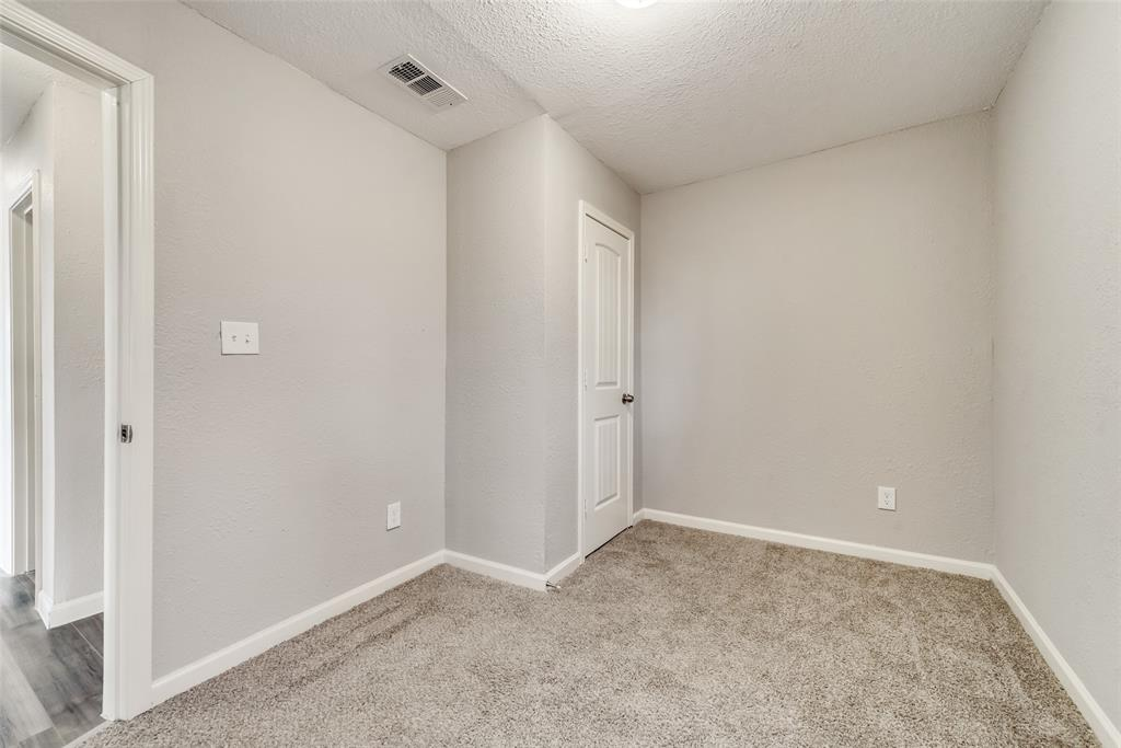 5513 Ramey Avenue, Fort Worth, Texas 76112 - acquisto real estate best new home sales realtor linda miller executor real estate