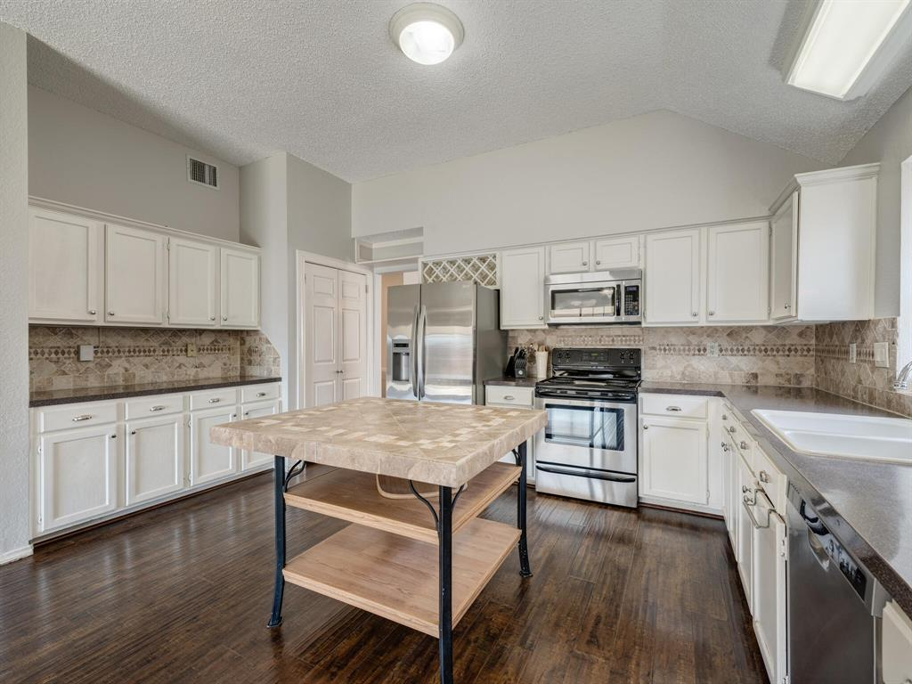 2813 Salado Trail, Fort Worth, Texas 76118 - acquisto real estate best listing listing agent in texas shana acquisto rich person realtor