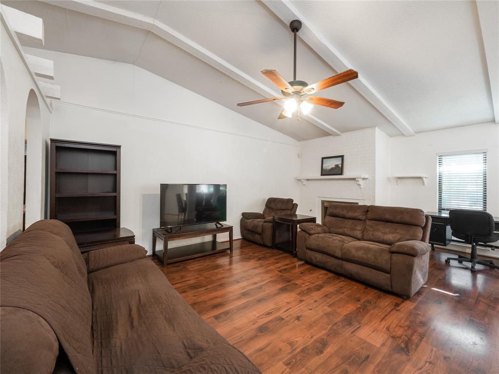 1168 Shadyglen Circle, Richardson, Texas 75081 - acquisto real estate best the colony realtor linda miller the bridges real estate