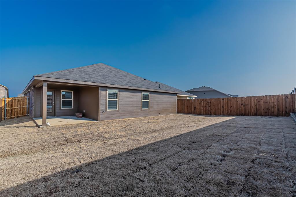 2012 Strongbark Drive, Royse City, Texas 75189 - acquisto real estate best plano real estate agent mike shepherd