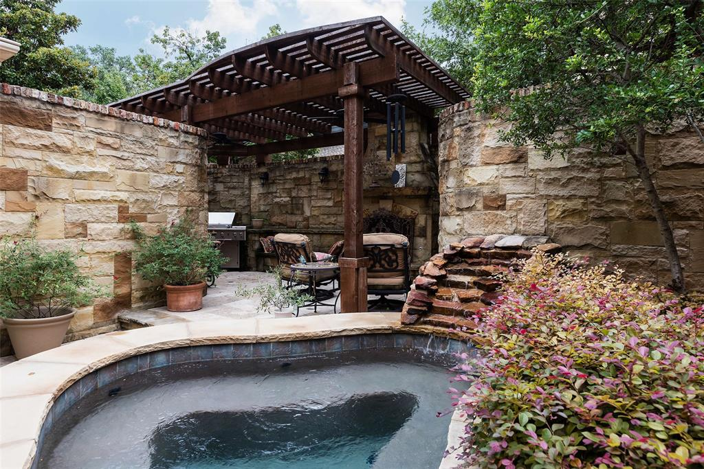 3 Glenshire Court, Dallas, Texas 75225 - acquisto real estate best park cities realtor kim miller best staging agent