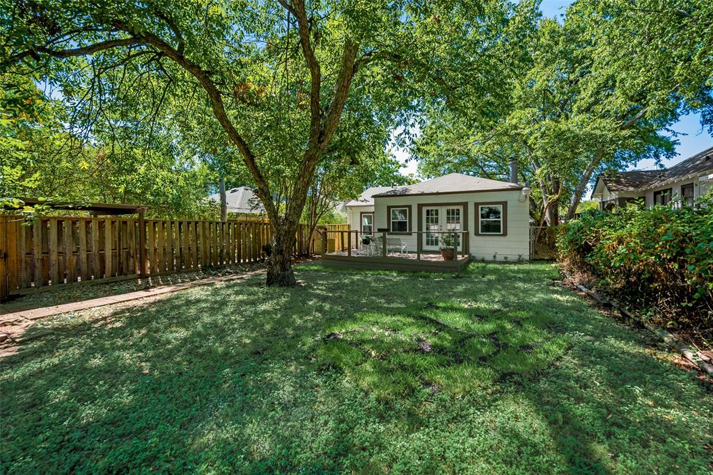 3708 Mattison Avenue, Fort Worth, Texas 76107 - acquisto real estate best frisco real estate broker in texas for high net worth buyers