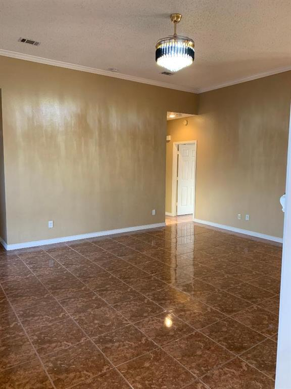 2305 Valley Falls Avenue, Mesquite, Texas 75181 - acquisto real estate best real estate company to work for