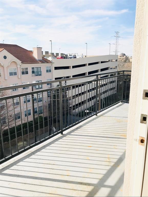 2525 Carlisle Street, Dallas, Texas 75201 - acquisto real estate best designer and realtor hannah ewing kind realtor