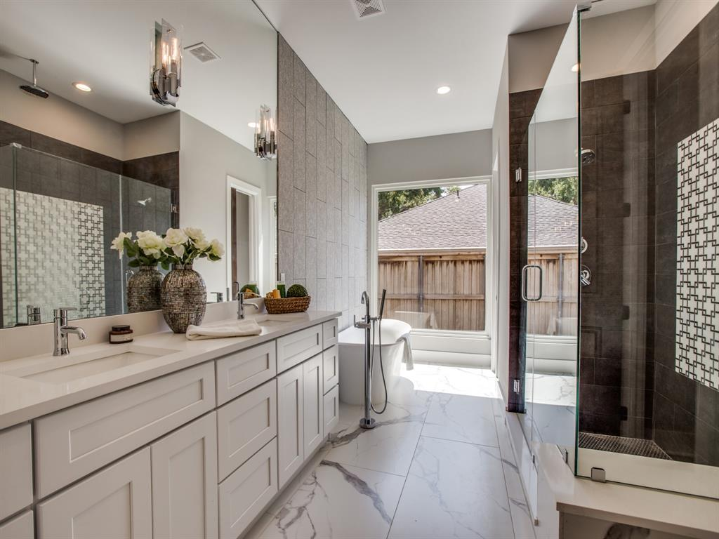 6501 Barnsbury Court, Dallas, Texas 75248 - acquisto real estate best highland park realtor amy gasperini fast real estate service