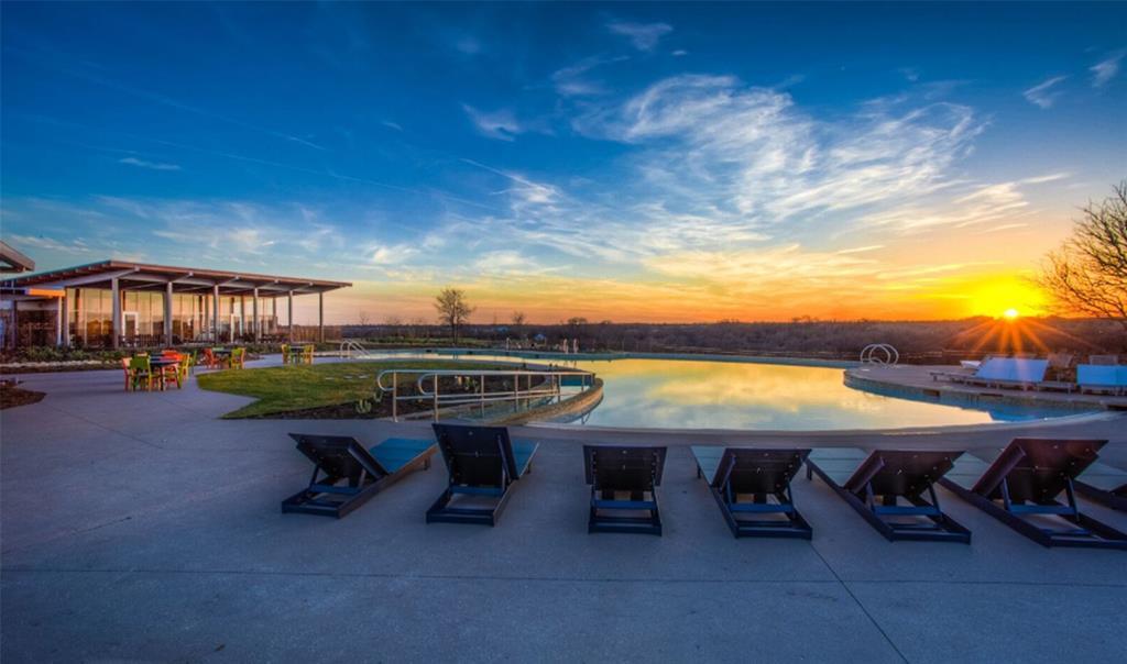 5428 High Pointe Drive, Haltom City, Texas 76137 - acquisto real estate best highland park realtor amy gasperini fast real estate service