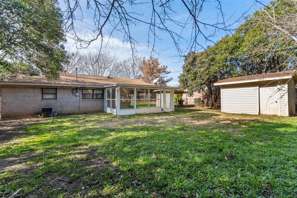3571 Bandera Road, Fort Worth, Texas 76116 - acquisto real estate best realtor foreclosure real estate mike shepeherd walnut grove realtor
