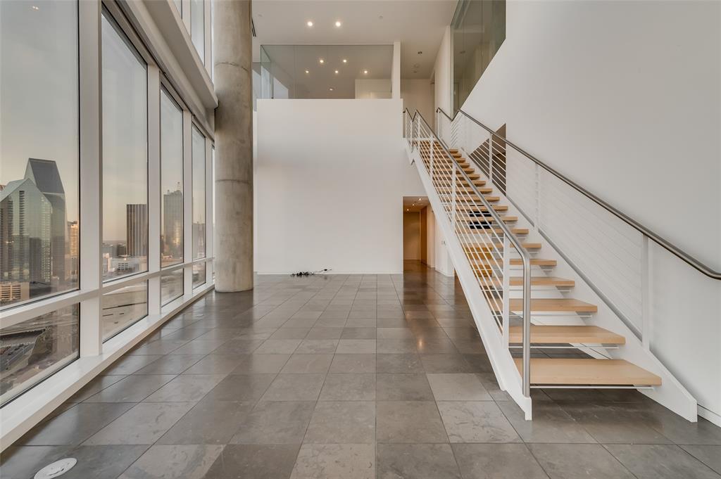 2430 Victory Park Lane, Dallas, Texas 75219 - acquisto real estate best highland park realtor amy gasperini fast real estate service