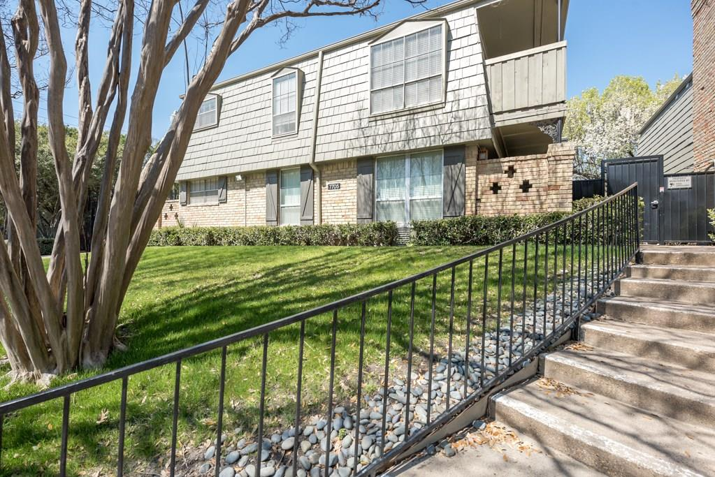 7705 Meadow Park Drive, Dallas, Texas 75230 - acquisto real estate best flower mound realtor jody daley lake highalands agent of the year