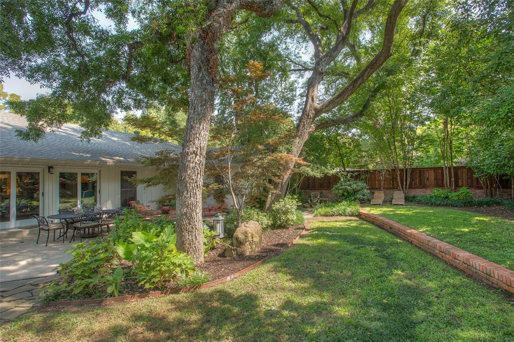 3813 Glenwood Drive, Fort Worth, Texas 76109 - acquisto real estate best park cities realtor kim miller best staging agent
