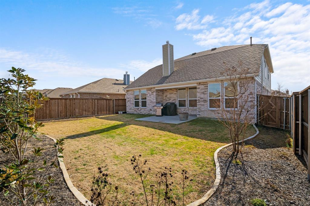 529 Barnstorm Drive, Celina, Texas 75009 - acquisto real estate best park cities realtor kim miller best staging agent
