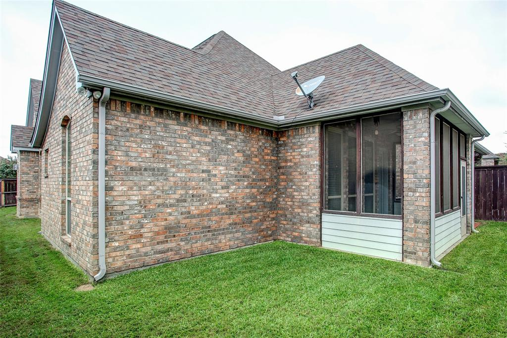 5041 Giverny Lane, Fort Worth, Texas 76116 - acquisto real estate best realtor westlake susan cancemi kind realtor of the year