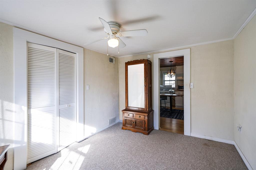 2014 Oak Avenue, Mineral Wells, Texas 76067 - acquisto real estate best listing agent in the nation shana acquisto estate realtor