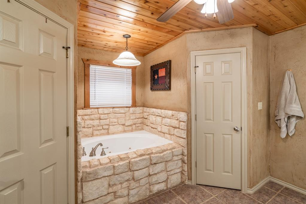 1529 County Road 1220 Lake Creek, Texas 75450 - acquisto real estate best designer and realtor hannah ewing kind realtor