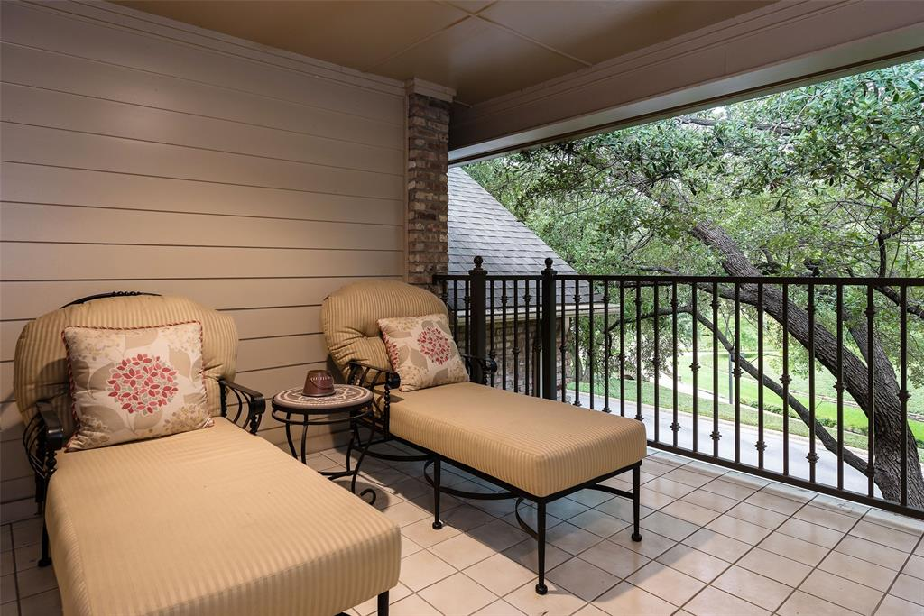 3 Glenshire Court, Dallas, Texas 75225 - acquisto real estate best negotiating realtor linda miller declutter realtor