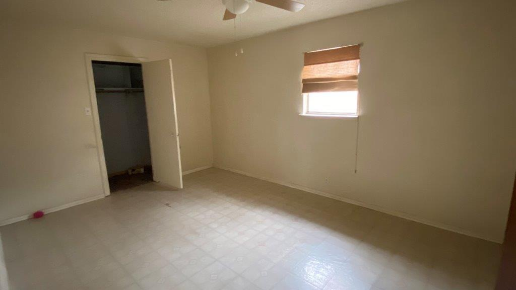 3912 Lakewood Drive, Lake Worth, Texas 76135 - acquisto real estate best real estate company to work for
