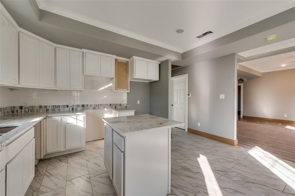 1619 Laura Road, River Oaks, Texas 76114 - acquisto real estate best real estate company in frisco texas real estate showings