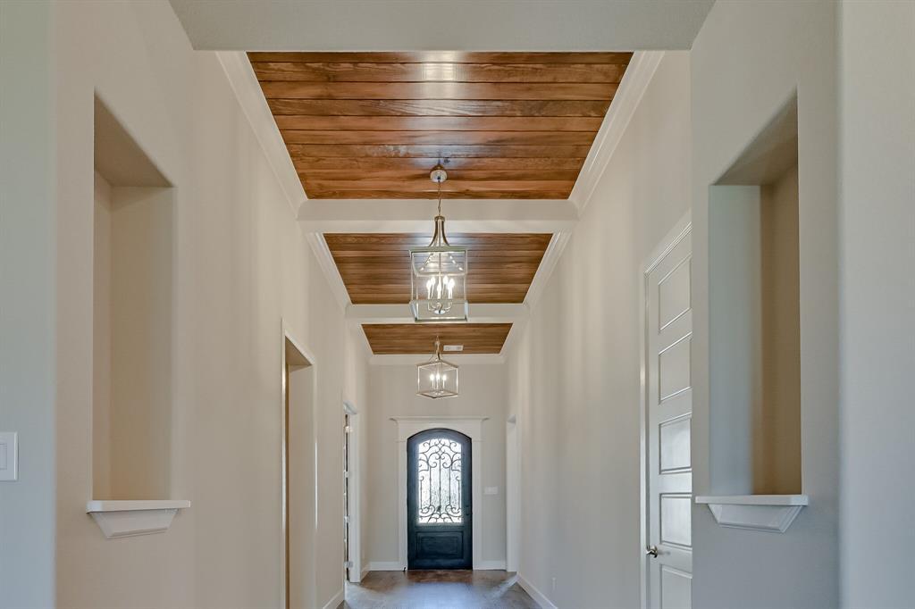 1708 Scarborough Drive, Arlington, Texas 76001 - acquisto real estate best frisco real estate agent amy gasperini panther creek realtor