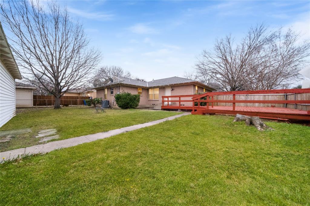 1805 Viewcrest Drive, Dallas, Texas 75228 - acquisto real estate best listing photos hannah ewing mckinney real estate expert