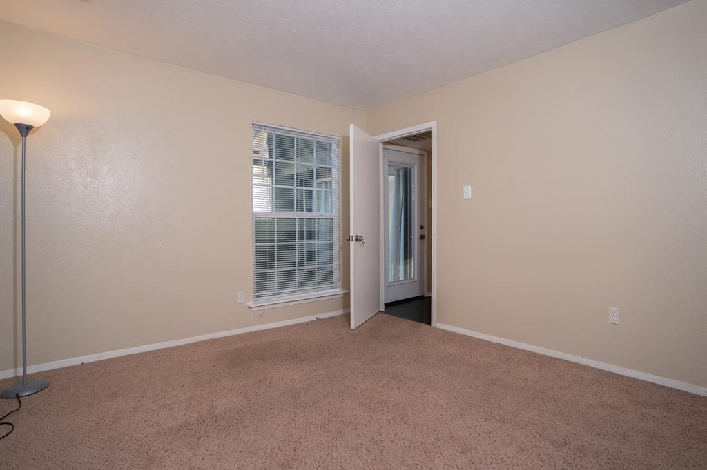 4612 Country Creek  Drive, Dallas, Texas 75236 - acquisto real estate best listing agent in the nation shana acquisto estate realtor