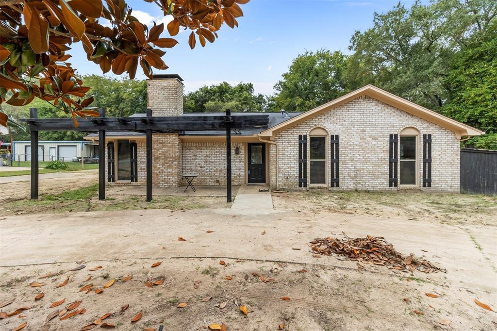 1709 Circle Drive, Tyler, Texas 75703 - Acquisto Real Estate best plano realtor mike Shepherd home owners association expert